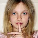dakota-fanning-shhhh