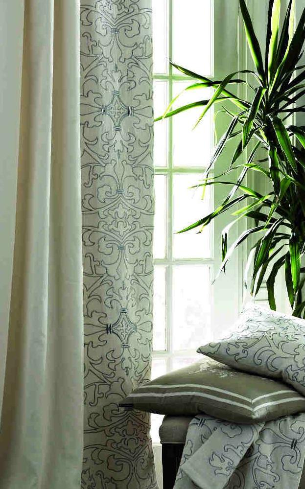 lili curtains