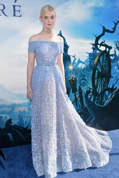 Elle+Fanning+World+Premiere+Disney+Maleficent+h2K-17-WfJMl
